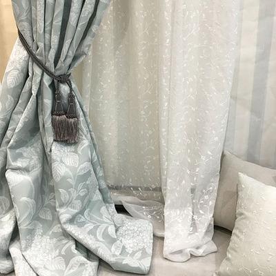 あじさい柄のドレープカーテン